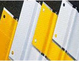 3M™ Diamond Grade™ Linear Delineation System